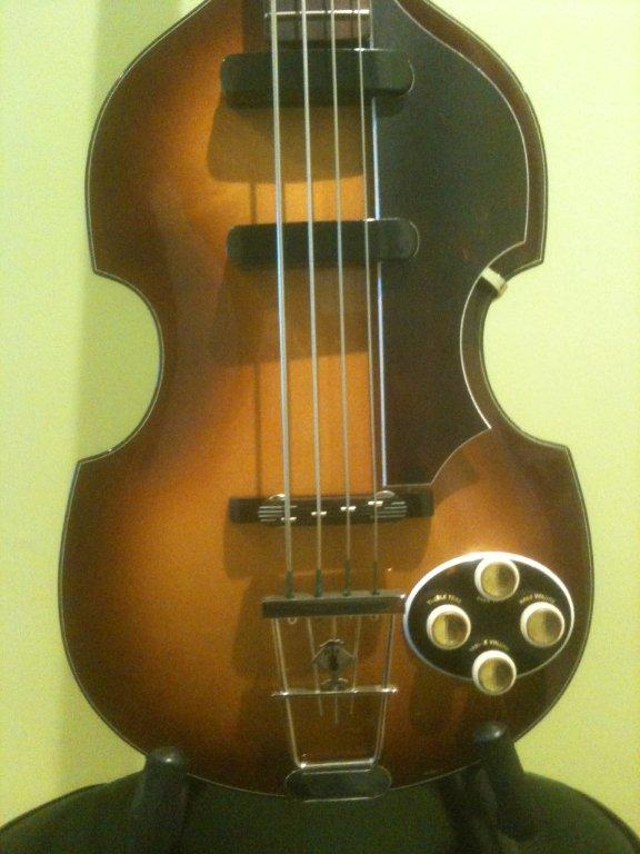 Original 1960 Hofner bass. Model 500/5